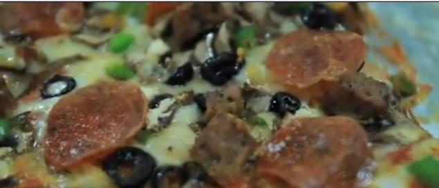 Pizza Roma Deluxe Pizza